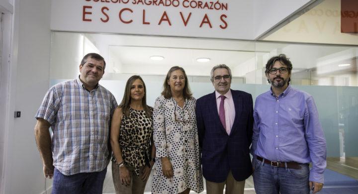 Firma de convenio Startinnova en el Colegio de las Esclavas, foto Roberto Ruiz