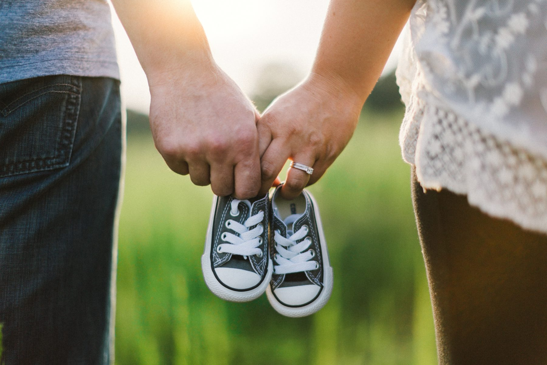 Devolución IRPF maternidad y paternidad