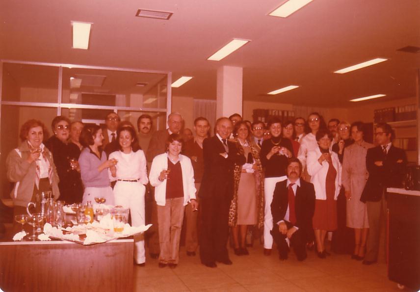 Foto de familia de la inauguración de Gestisa